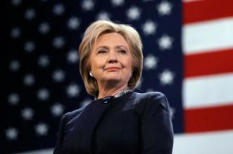 Hillary Clinton remporte une première manche contre Trump