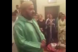 VIDEO: Mohammed VI assiste à une cérémonie de mariage