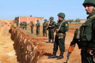 L'Algérie déploie son armée tout au long de la frontière avec le Maroc