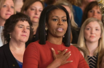Michelle Obama au bord des larmes pour son dernier discours (VIDEO)