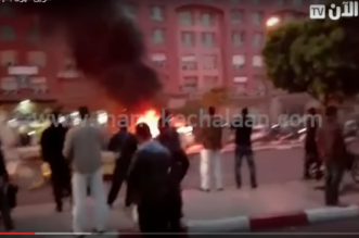 Un taxi prend feu sur un grand boulevard de Marrakech (VIDEO)