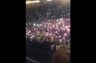 Panique à Manchester au concert d'Ariana Grande (VIDEO)