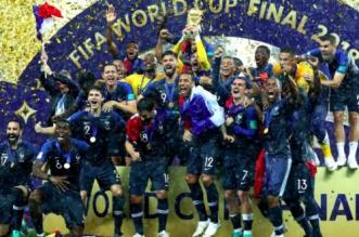 Revivez la remise du trophée aux Bleus, champions du monde (VIDEO)