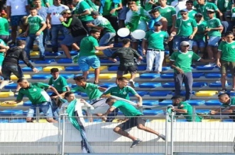 Encore des affrontements entre supporters du Raja (PHOTOS)