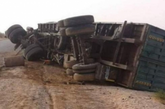 Tragique collision entre un camion et un véhicule de transport près de Boujdour
