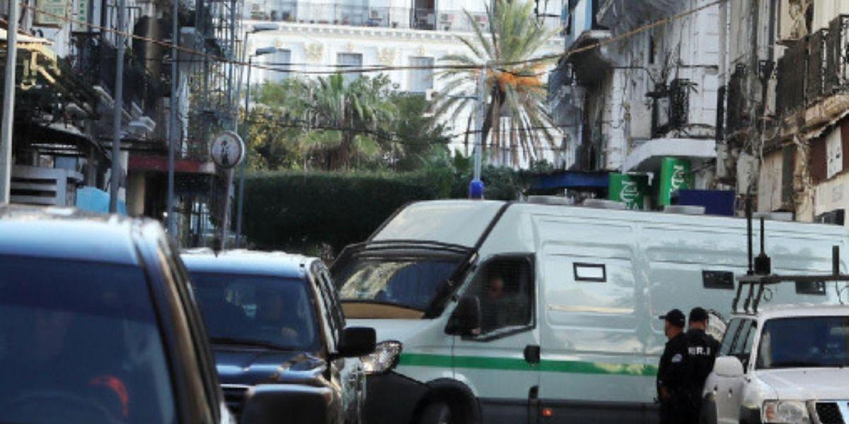 Nationale - M6 interdite d'opérer en Algérie