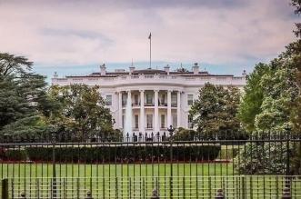 La directrice de la comm' de la Maison Blanche jette l'éponge
