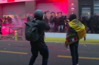 Paris: incidents et interpellations en marge d'une manifestation (VIDEO)
